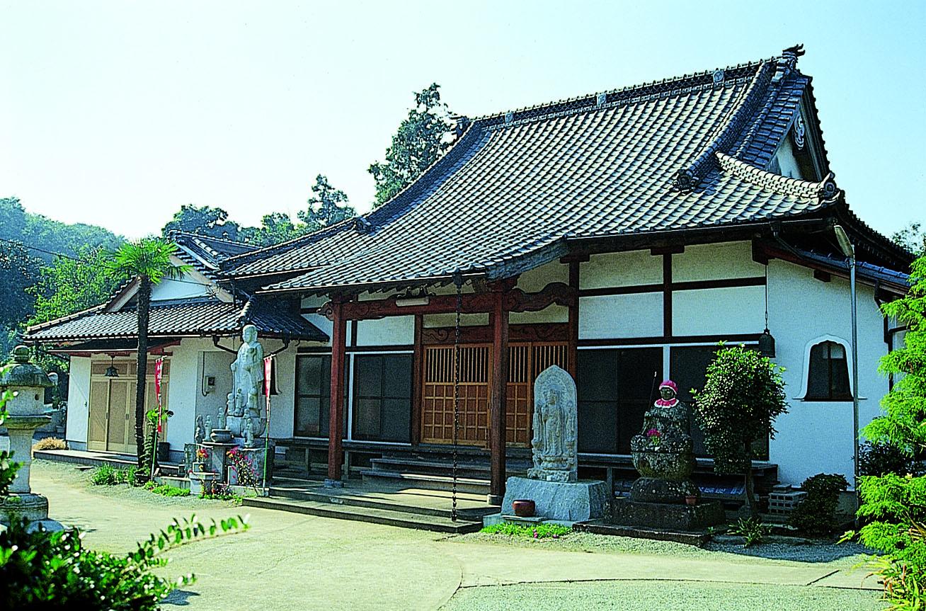 浄泉院墓苑の画像1