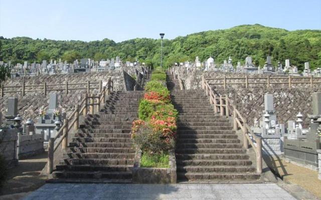 福岡市立三日月山霊園の画像1