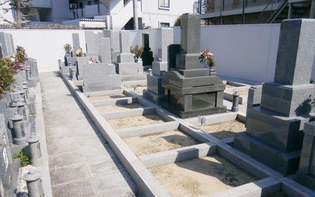 専稱寺墓所の画像2