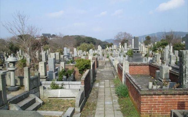 東部墓地の画像1